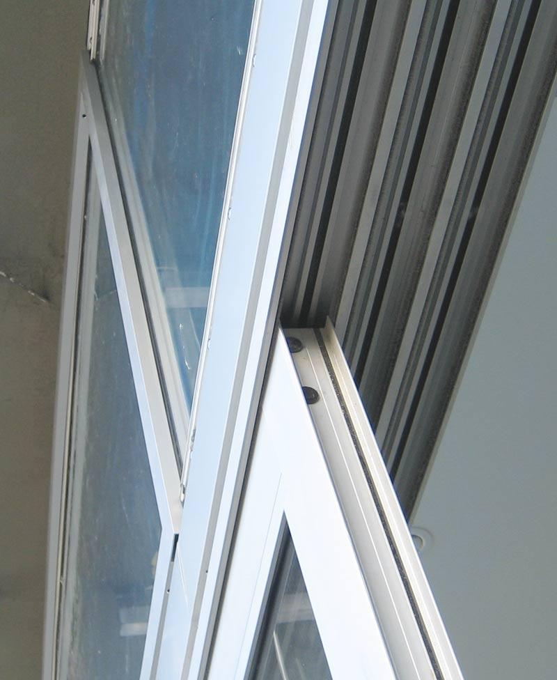 DETAIL - sliding door « home building in Vancouver